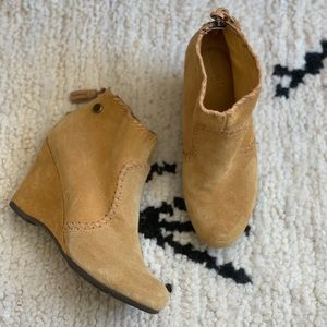 Anthropologie Bussola Wedge Booties 7.5